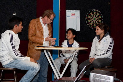 Journalist Pim van Esschoten interviewt judoka's