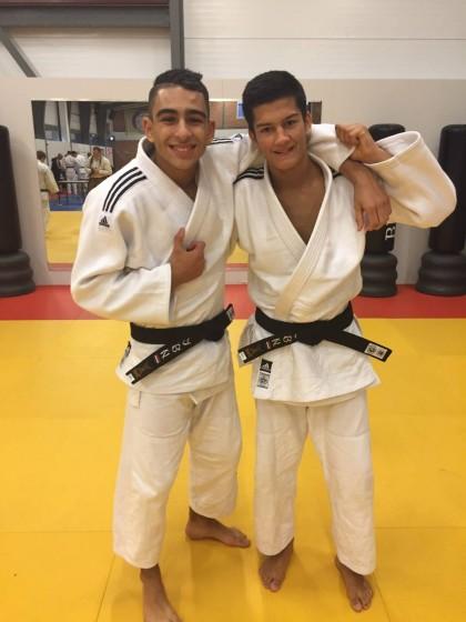 Ayman Abdelghani Idrissi (l) en Raman van Wee